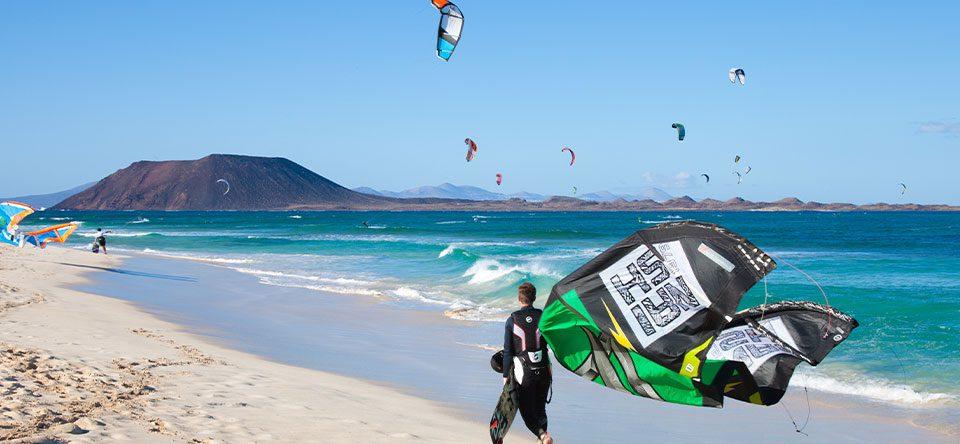 Los-mejores-spots-para-hacer-kitesurf-en-Fuerteventura-1
