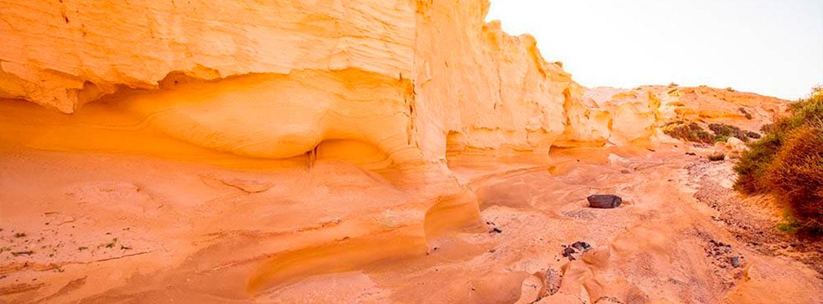 Barranco-de-los-Enamorados-o-Encantados-de-Fuerteventura-ingles